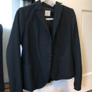 "the ""academy blazer"""